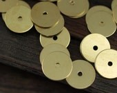 Middle Hole Connector, 100 Raw Brass Round Disc, Middle Hole Connector, Bead Caps, Findings  (9mm) Brs 74  A0442