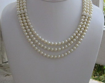 Chunky Pearl Necklace, Graduated Pearl Necklace, Rhinestone Accents, Bridal Necklace, Bridal Jewelry, Bridesmaids, Wedding Jewelry, Audrey
