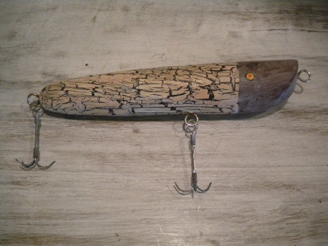 Hand carved wooden fishing lure for Wood fishing lures