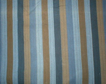3 7/8 yards 38 wide Vtg 50s vertical striped cotton shirt weight fabric