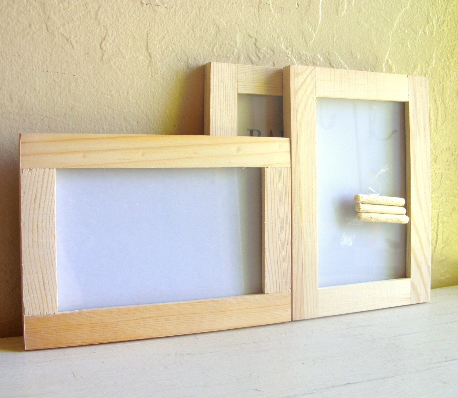 3 unfinished wood wooden picture frames with glass 4x6 hang