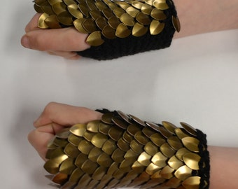 Scalemail Gauntlets knitted Dragonhide Armor Bronze Warrior choose your size
