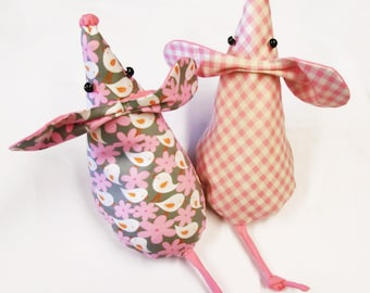 Mouse Doorstop - Sewing Pattern PDF for Mouse Doorstop  -  Instant Download