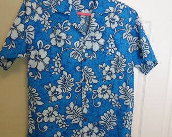 Men's Aloha Republic  Hawaiian Shirt Med