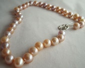 Natural color freshwater pearl strand