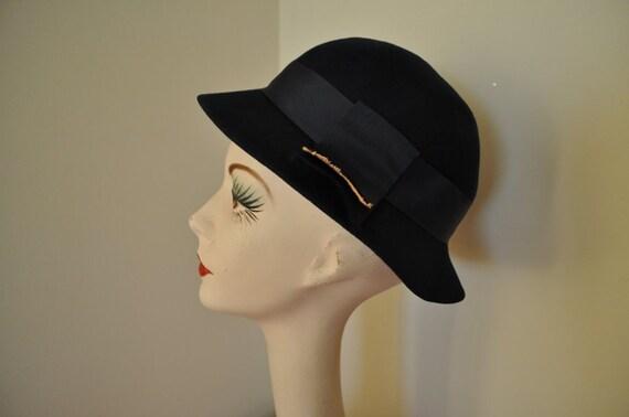 1950s hat 50s vintage dark blue cloche