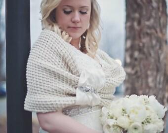 Wedding accessories, bridal accessories, bridal shawl, wedding shawl, bridemaids gift, off white, knitting shawl, handmade shawl, wedding