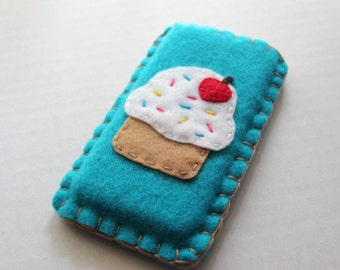 Vanilla Cupcake iPhone Cozy Case