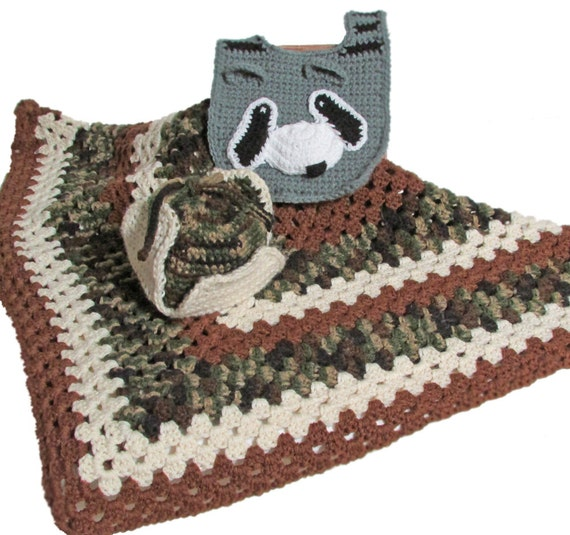 Camouflage Blanket, Hunter Hat, Raccoon Bib, Afghan Set, Baby Photo Prop