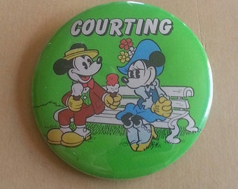 1964 Walt Disney Productions Mickey and Minney COURTING Pinback Button