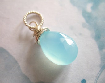 Shop Sale..  CHALCEDONY Charm Pendant Add a Dangle Drop, 1 pc, 20-22 mm, Sterling Silver Wire Wrapped, brides bridal gemdone fdv1.v3 solo