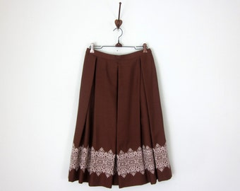 60s skirt / cocoa pleated lace embroidered