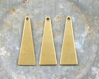 20 blank TRIANGLE jewelry charms or earring drops. 23mm x 8.5mm (S53). Please read description