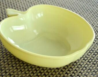 VINTAGE HAZEL- ATLAS Apple Bowl - Yellow