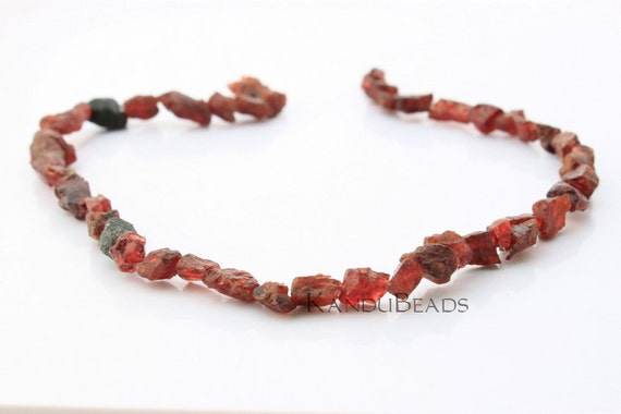 GARNET Natural Rough Nugget beads 7-10 mm 15 inch.