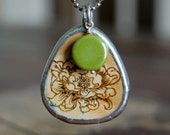 Blooming Flower Tile Green Bead Pendant Necklace
