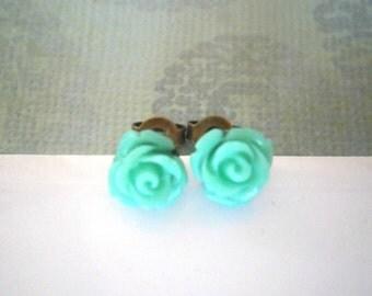 JEWELRY SALE, Mint Green Flower Earrings, Post Earrings, Flower Earrings, Flower Girl Earrings, Stud Earrings