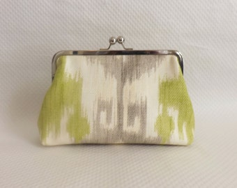 Bridesmaid Clutch / Bridesmaid Gift / Ikat Bridal Purse - Chandra