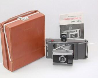 Vintage 1960s Polaroid Land Camera J66 with Leather Case