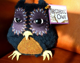 Narcoleptic Owl, purple&blue