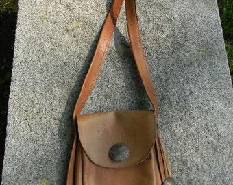 Vintage leather 'bullet shoulder pouch'