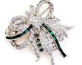Green Baguette and Clear Bow Brooch Incredible Detail