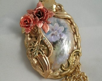 Porcelain Recycled Vintage and New Jewelry Pieces Original Chic Designed Pendant Necklace