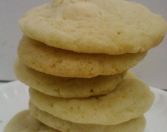 White Chocolate Almond Cookie