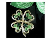 FOUR LEAF CLOVER Shamrock Pin Brooch With Green Stones - notforgottenvintage