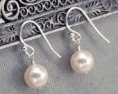 Pearl Earrings, Wedding Dangle Earrings, Bridal Pearl Drop Earrings, Bridal Party Earrings, Available in any Swarovski Pearl Color