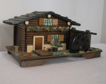 Vintage Wooden Chalet Jewelry Box