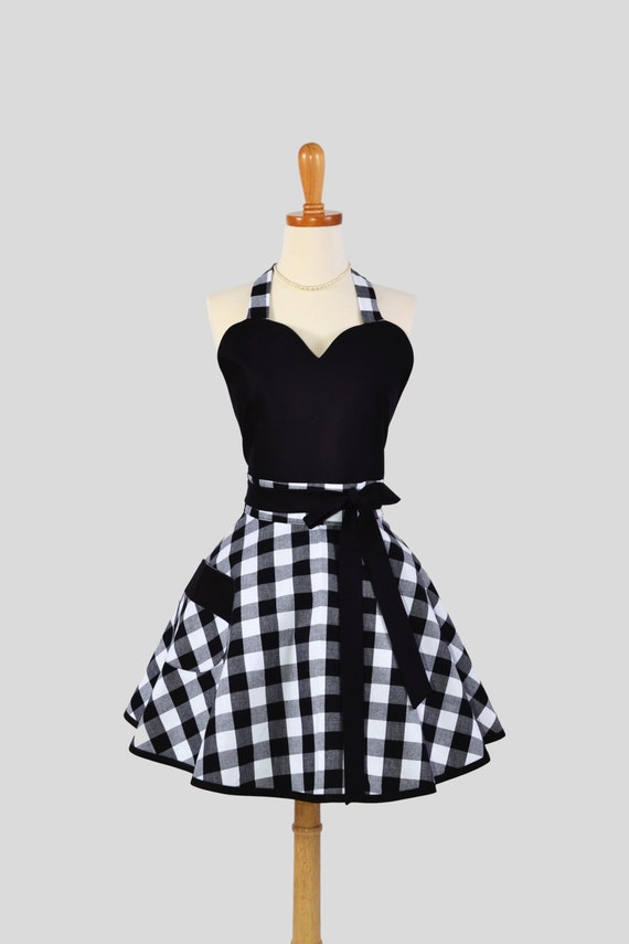 Sexy Retro Pinup Apron : Handmade Retro Vintage Sweetheart in Simple and Sexy Black and White Plaid