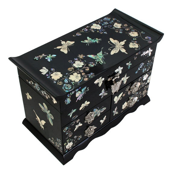 Mother of Pearl Butterfly Flower Design Black Wooden Lacquer Jewelry Trinket Keepsake Chest Drawer Box