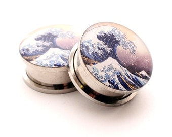 Screw On Plugs - Tidal Wave Picture Plugs gauges - 16g, 14g, 12g, 10g, 8g, 6g, 4g, 2g, 0g, 00g, 7/16, 1/2, 9/16, 5/8, 3/4, 7/8, 1 inch