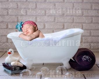 White Child Bath Tub Bathtub Digital Photography Prop FILE 330