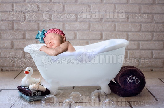 White Child Bath Tub Bathtub Digital Photography Prop FILE 330