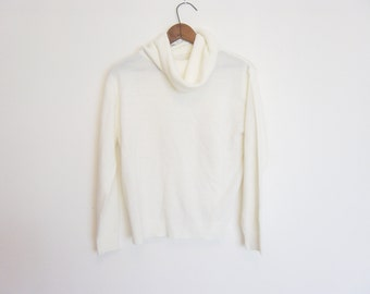 vintage 80s slouchy turtleneck sweater
