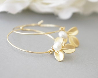 Gold Pearl Earrings for Wedding, Gold Leaf Earrings, Branch Earrings, June Birthstone, Leaf Earrings, Twig Jewelry, Birthday Gift Ideas