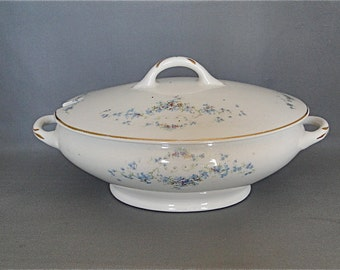 Vintage Covered Casserole Stinthal China Co. Crooksville Ohio