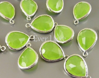 2 peridot opal glass with silver bezel pendants, charms for jewellery designs, crafts 5073R-PEO (bright silver, peridot opal, 2 pieces)