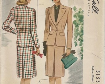 1940's McCalls Pattern No. 5133 : Women's Suit with Fitted Jacket and Skirt with Front and Back Center Inverted Pleat