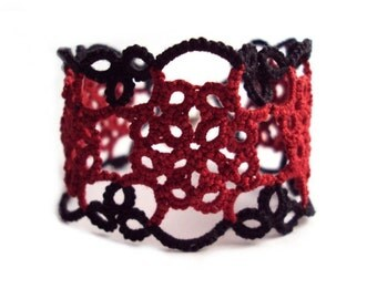Tudor Lace Bracelet - Elizabeth in Tatting - CUSTOM FIT