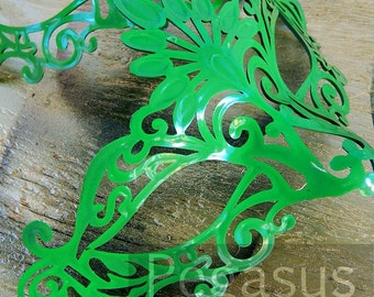 Poison Ivy GREEN Venetian Mask (1 Mask) Lace Pattern Venetian Mask Base - Masquerade ball costume or Vampire Ball