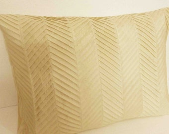 modern natural beige zig zag pleated  pillow cover in size 20 inches x 26 inches,stitched texture,home bedding,