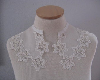Vintage Organdy and Lace Collar.