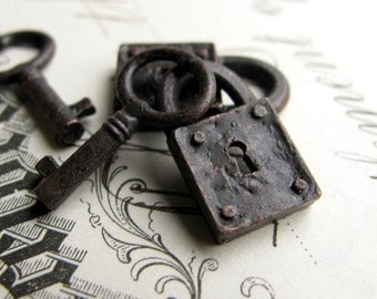 Rustic, weathered jewelry box lock and key charm sets, goth gothic, aged black patina pewter 18mm (2 lock, 2 key charms)  small