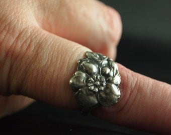 Sterling Silver Spoon Ring Size 7 1/2 Wild Rose
