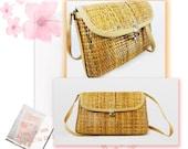 vintage 1970s Italian made basket weaved beige tan brown town purse