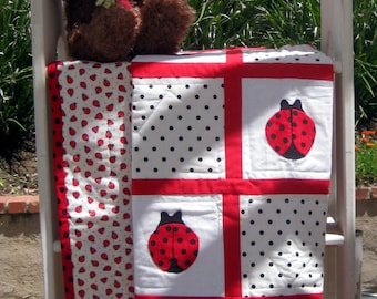 Ladybug Ladybug, make a baby happy, Quilt, Wallhanging, Stroller Quilt