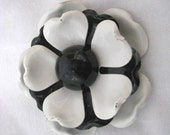 Vintage black & white layered enamel flower pin brooch